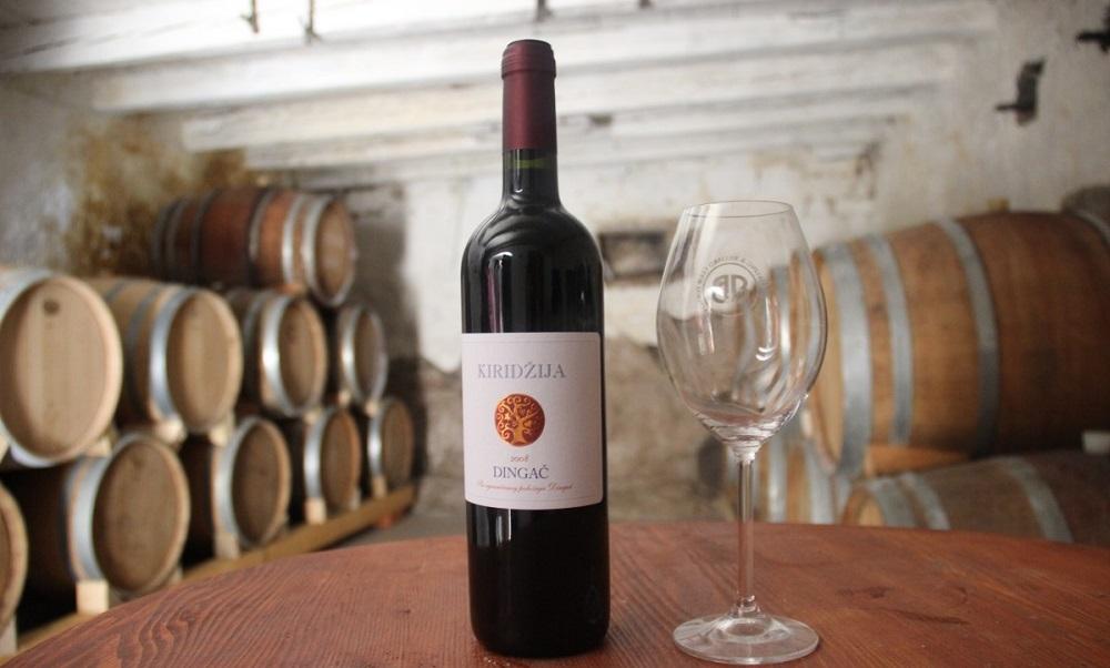 Красное вино Dingač