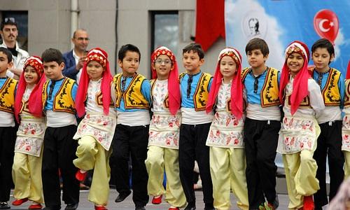 День национальной независимости и детей Турции